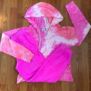 Victoria Secret Pink Peach and Pink Tiedie Outfit
